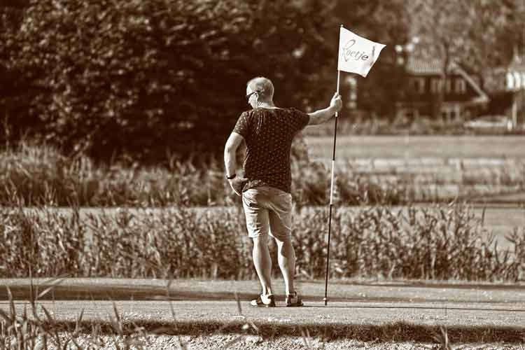 Study Suggests Golf Lowers Risk Of Early Death Among Seniors