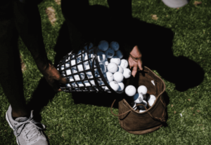the best golf balls for beginners: helping you find the right golf ball
